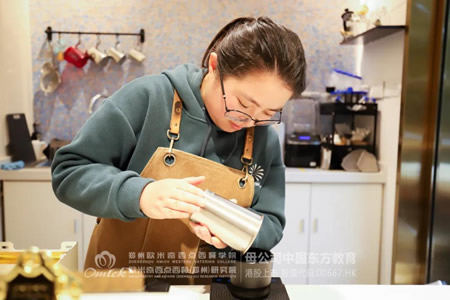 <b>咖啡学子就业故事   冯茹楠:世间所有发光的梦想, 都经历了刻意练习</b>